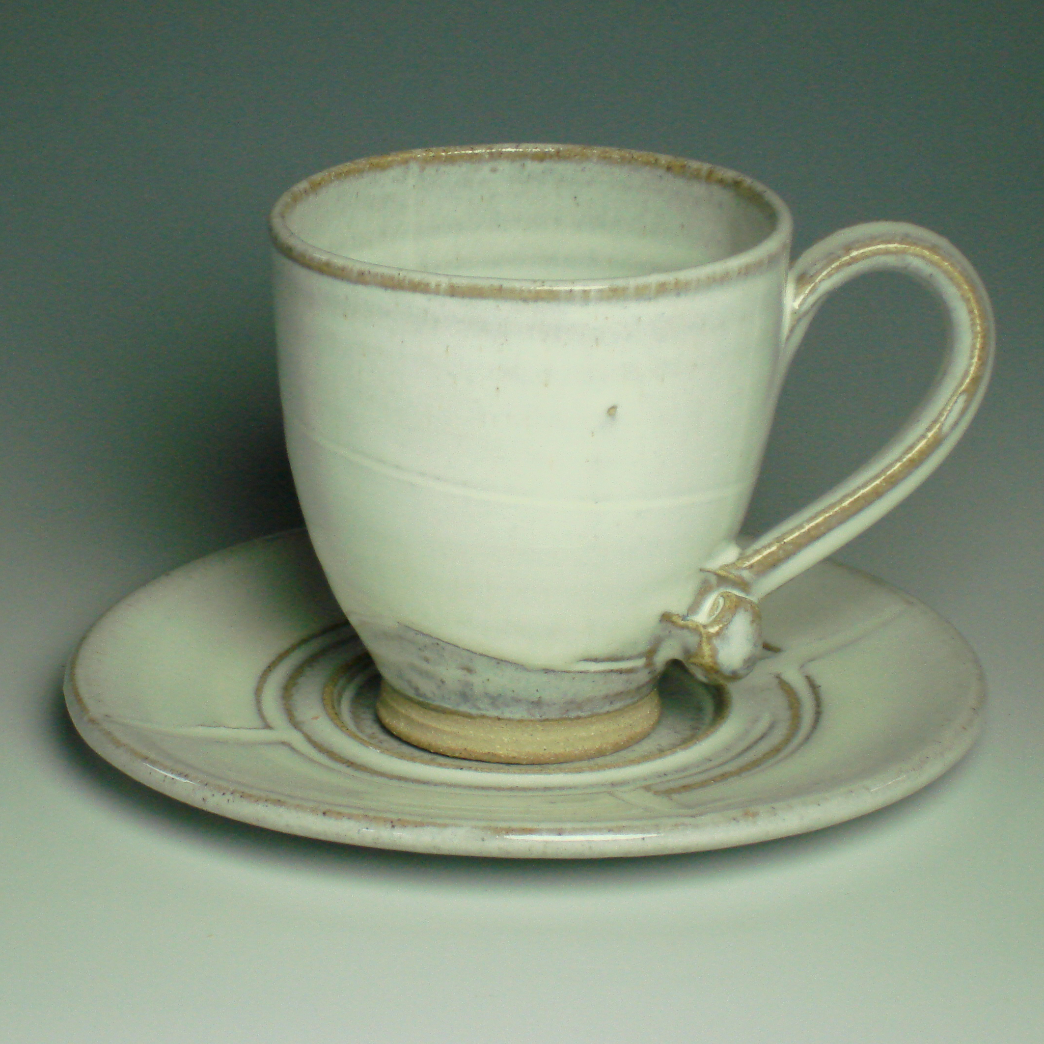 Teacup and saucer - Winter white