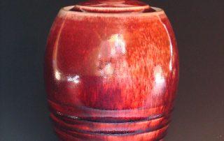 Hand-made red porcelain pot