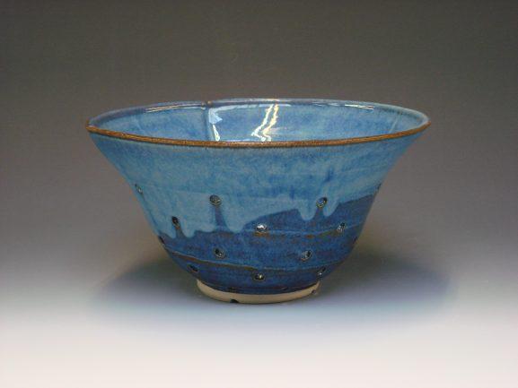 Ceramic colander - colour blue