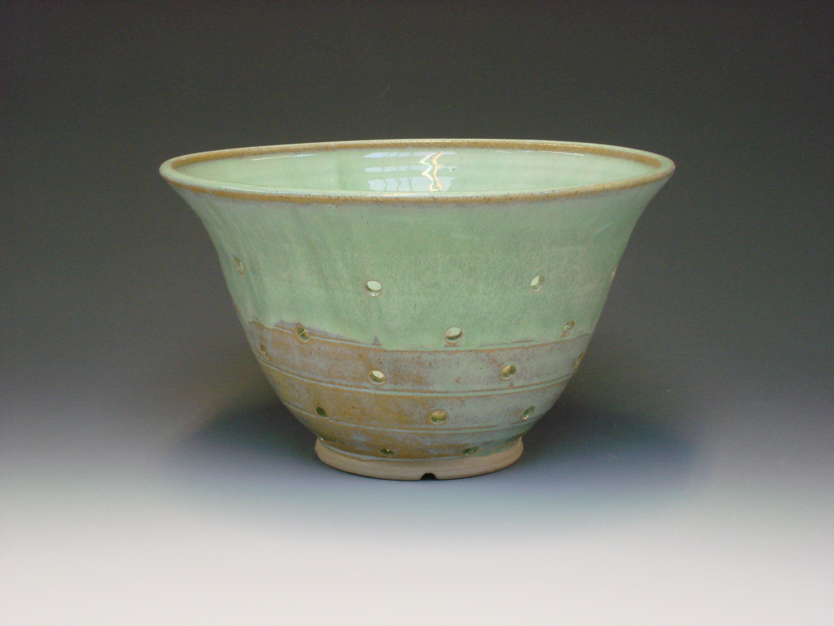 Ceramic colander - colour green