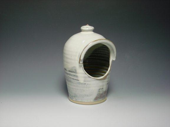 Ceramic salt pot - white colour