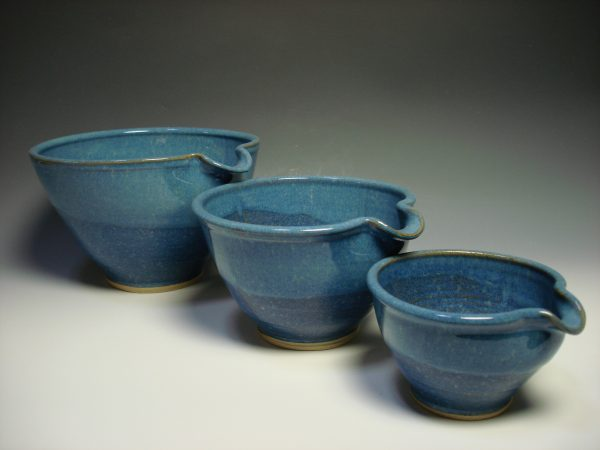 Set of three blue ceramic nestling mixing bowls