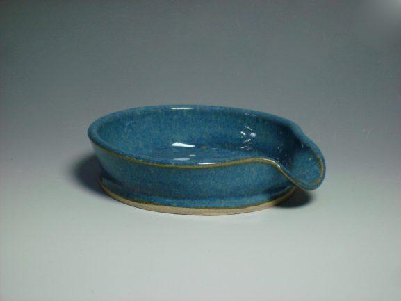 blue ceramic spoon rest