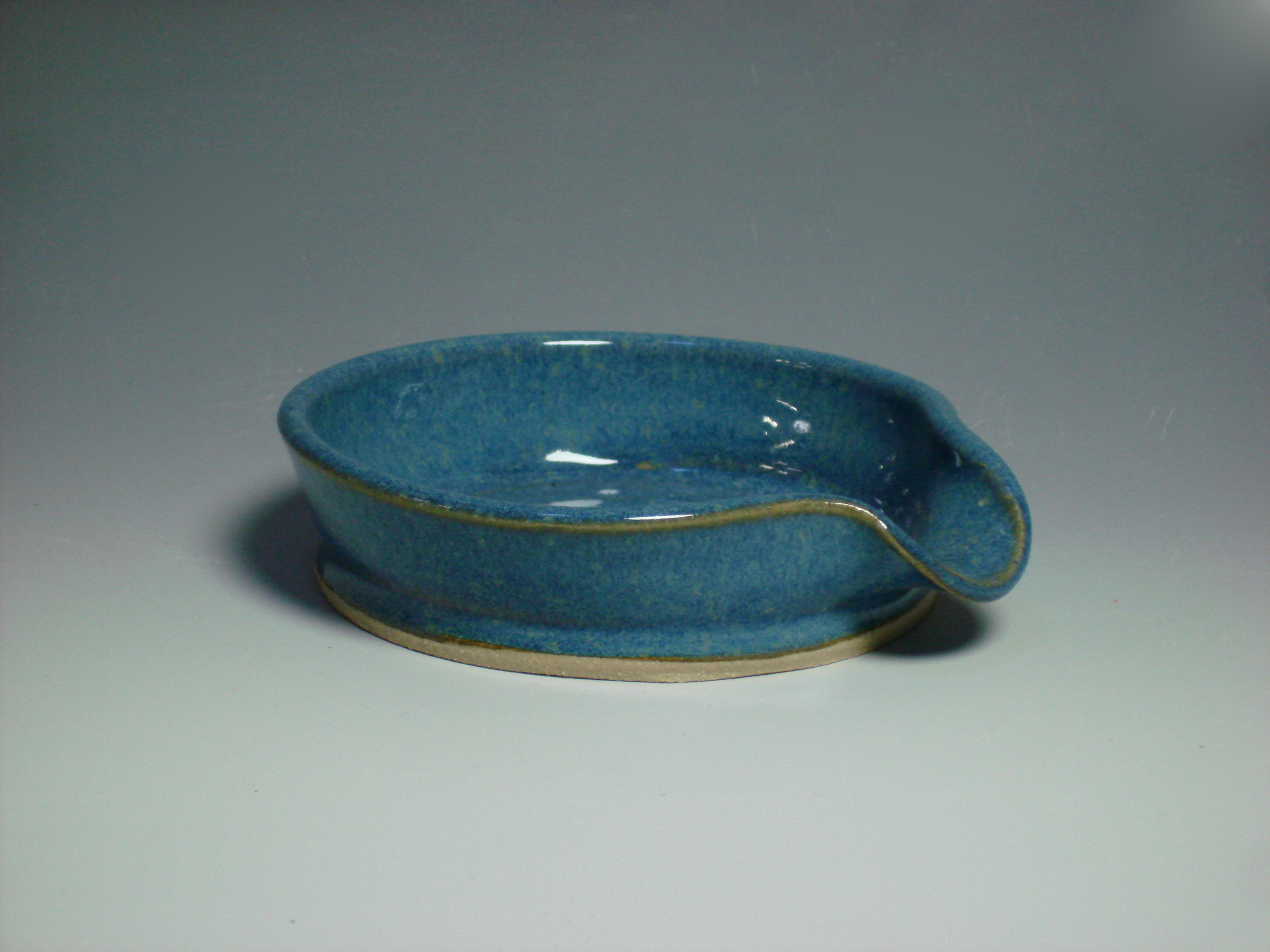 blue ceramic spoon rest